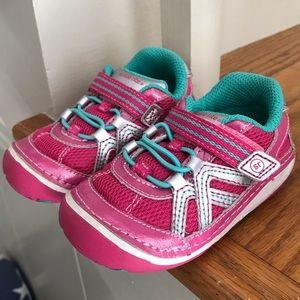 {6, Stride Rite} Velcro early walker shoes